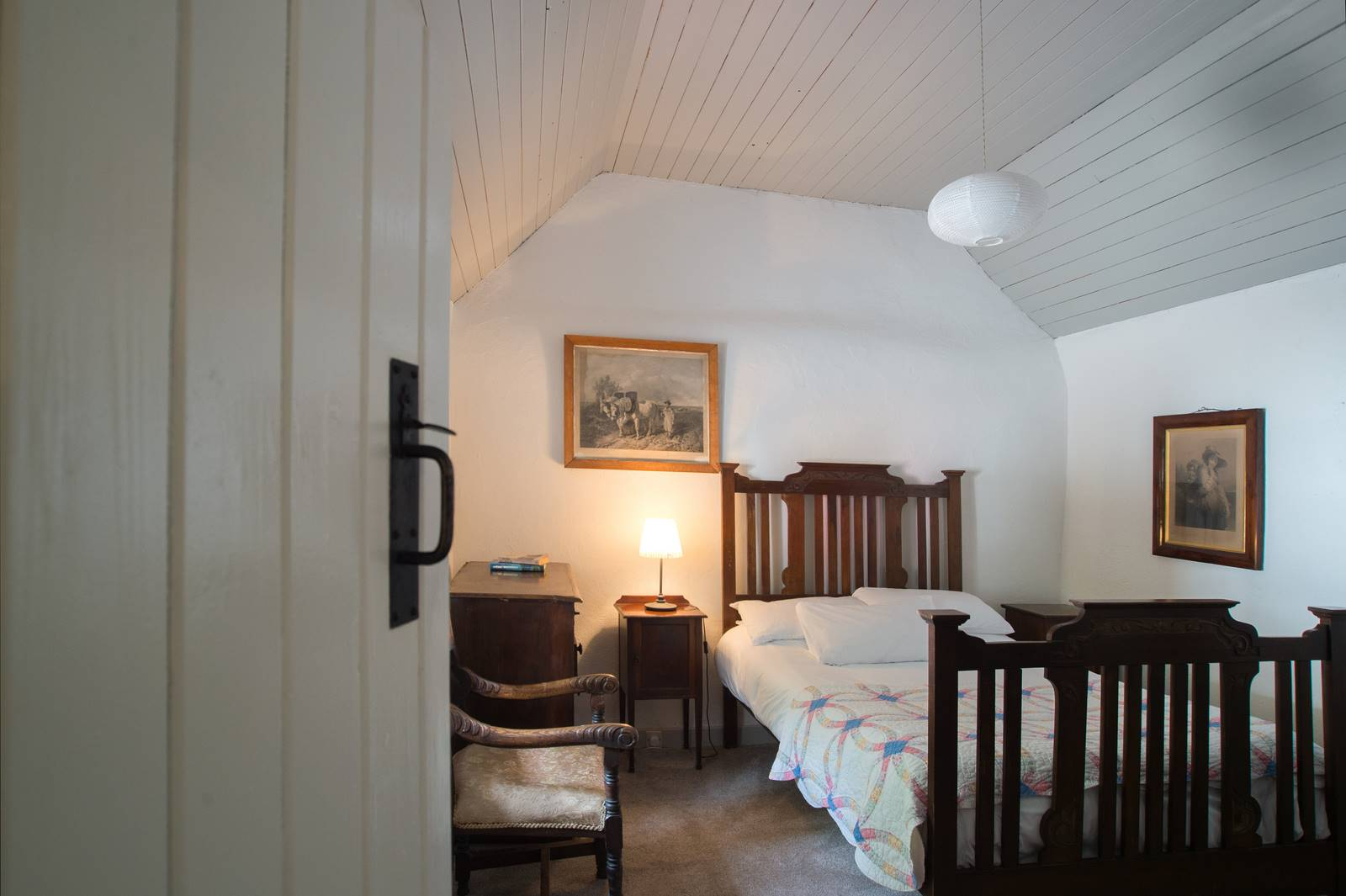 cottage_bedroom_one
